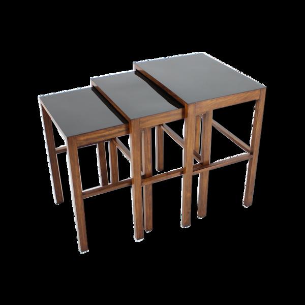 Selency Ensemble de trois tables gigognes bauhaus H-50 par Jindrich Halabala Années 1930
