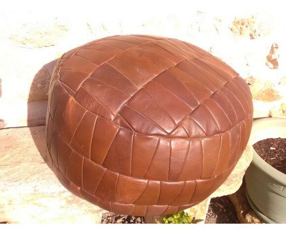 Pouf patchwork marron en cuir années 70