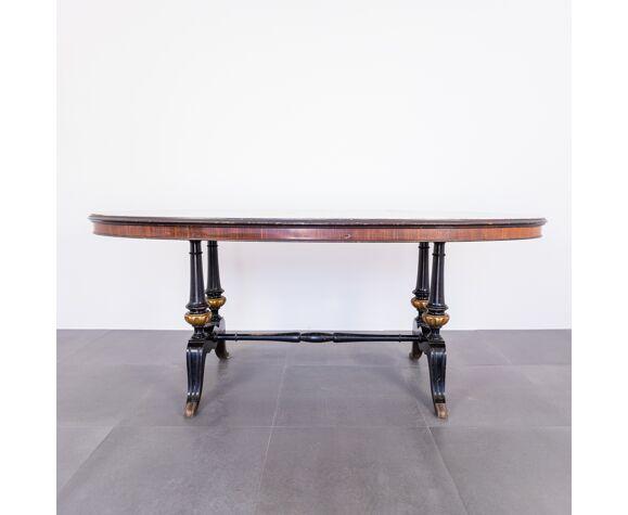 Table à manger ovale en marbre laiton design des années 60