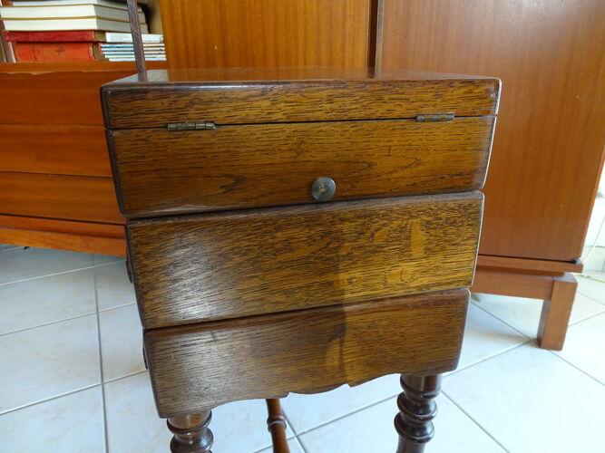 Travailleuse bois sur pied vintage