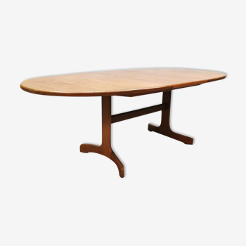 Table à manger vintage design par Victor Wilkins pour G-plan