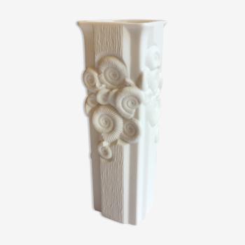 Vase vintage AK Kaiser Germany biscuit porcelaine