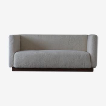 Canapé 3 places art déco danois rembourré en peau de mouton, années 1930