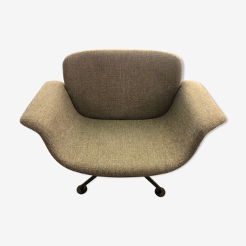 Kn swivel lounge chair armchair by Piero Lissoni for Knoll