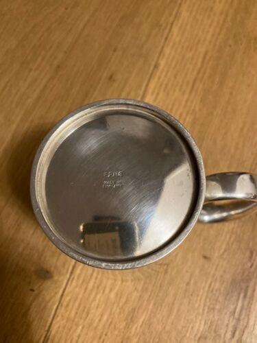 Mug en métal argenté anglais