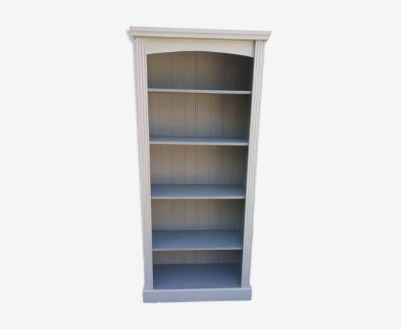 Grey vintage shelf