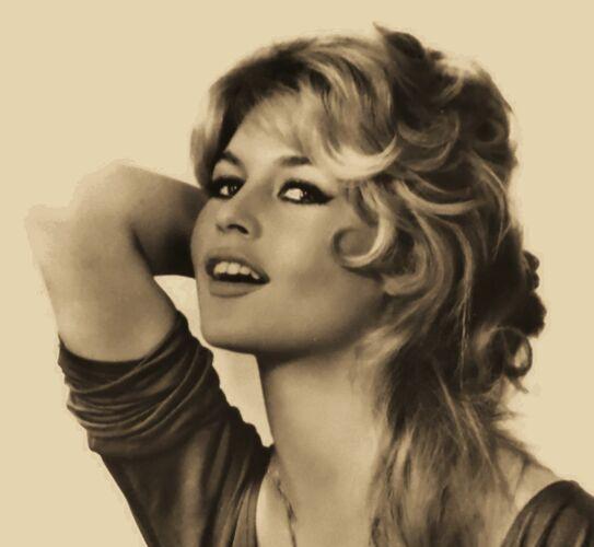 "Photographie originale "" Brigitte Bardot "" 1958"