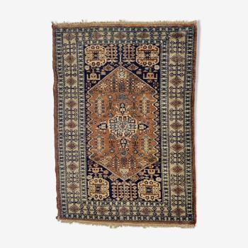 Tapis oriental en pure laine 82cm X 112cm