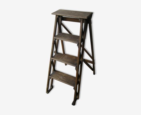 Old three-step stepladder