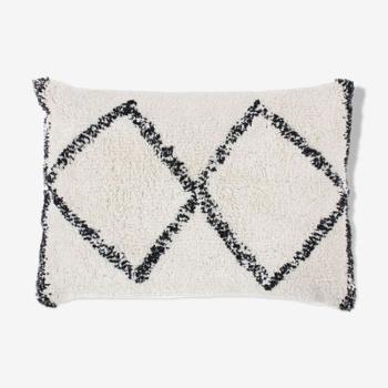 Coussin berbere 30x50 blanc losange noir