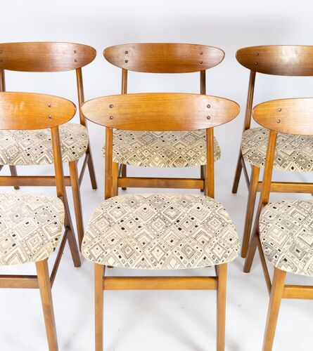 Ensemble de six chaises de salle à manger en teck et rembourrées avec tissu, conception danoise, 1960