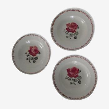 3 assiettes décor germaine fleurs roses Badonviller faïence ancienne