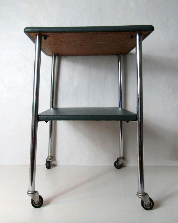 Table desserte console à roulettes chrome et simili kaki vintage