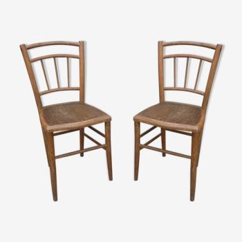 Paire de chaises bistrot patine claire