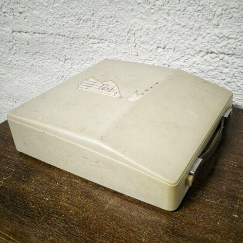 Machine à écrire Royal Mercury