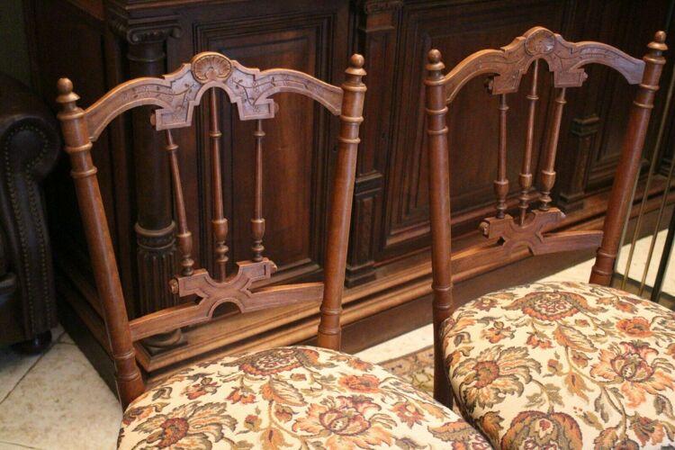 Paire de chaises en hêtre massif de style Napoléon III fin 19e