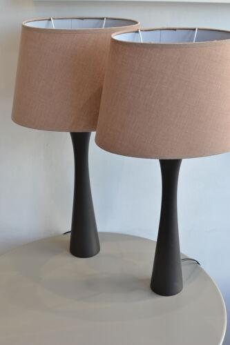 Lampes en bois vintage habitat avec ses abat-jours en toile beige