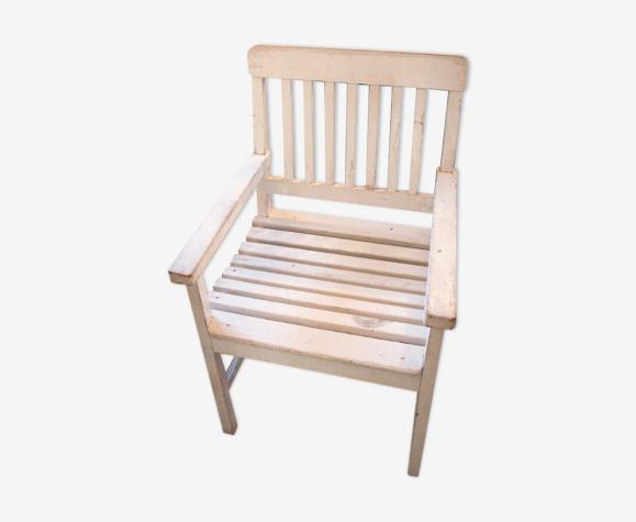 Chaise en bois blanche