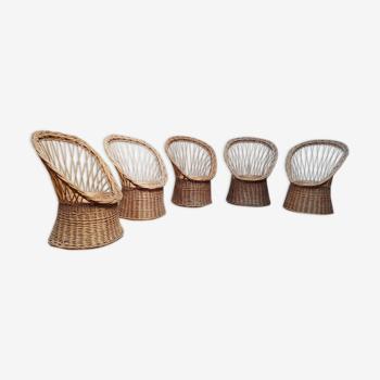 Cinq fauteuils en rotin vintage pour adulte