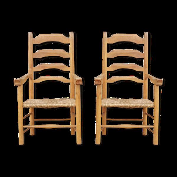 Paire de fauteuils chauffeuses vintages en bois massif & paillage vers 1930