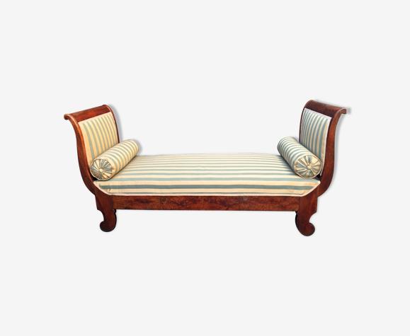 Walnut recamier bench Napoleon III daybed mid-nineteenth century