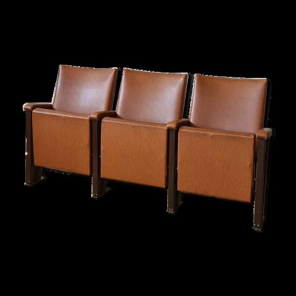 Ensemble de trois fauteuils de cinéma vintage