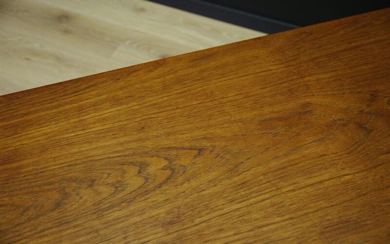 Table basse en teck classique design danois 60 70