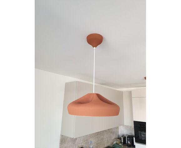 Pleat box white terracotta 3 hanging lamps marset