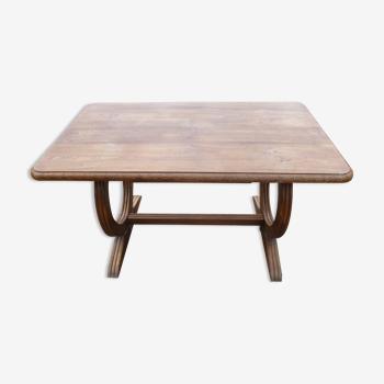 Table originale en bois massif