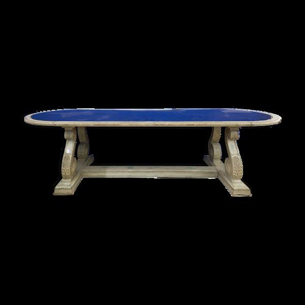Table années 40, surface mirroitante, structure en bois peint.