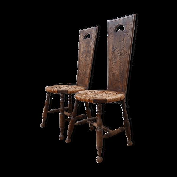 Paire de chaises occasionnelles de rotin d'art folklorique du milieu du siècle