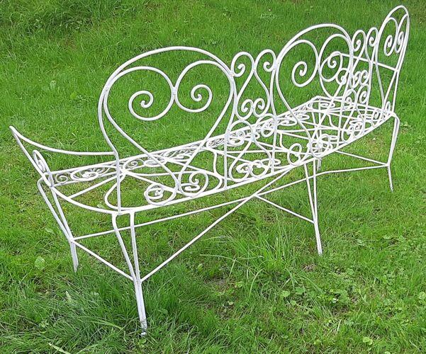 Banc de jardin arrondi fer forge couleur blanche