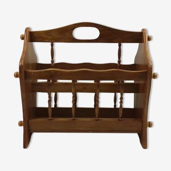 Porte-revues en bois clair