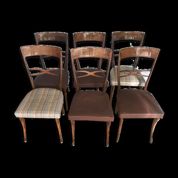 Série de six chaises en bois