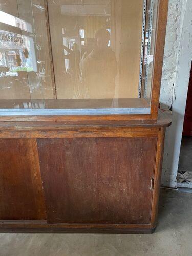 Meuble vitrine en chêne