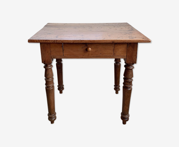 Table anglaise en pin début XXe