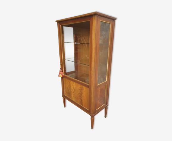 Cabinet d'exposition vintage de Jules Perrenoud
