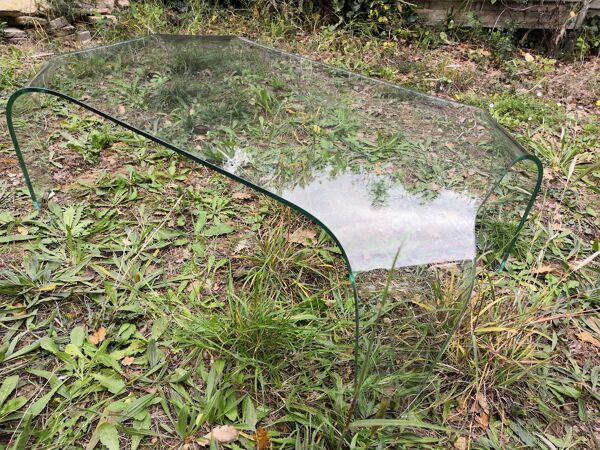 Table basse design en verre trempé