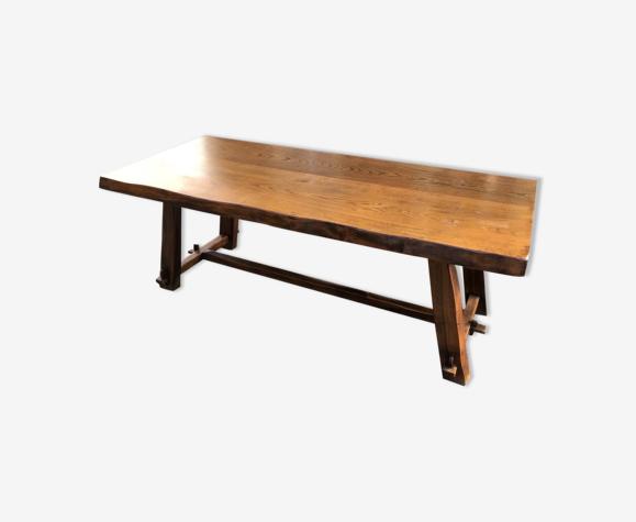 Table de marque Aranjou importante table de salle à manger en orme massif