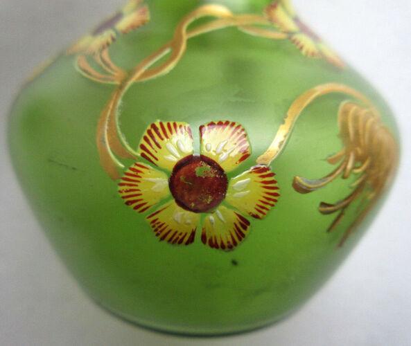 Set de 2 vases soliflores art nouveau verre vert émaillé Legras & émail doré