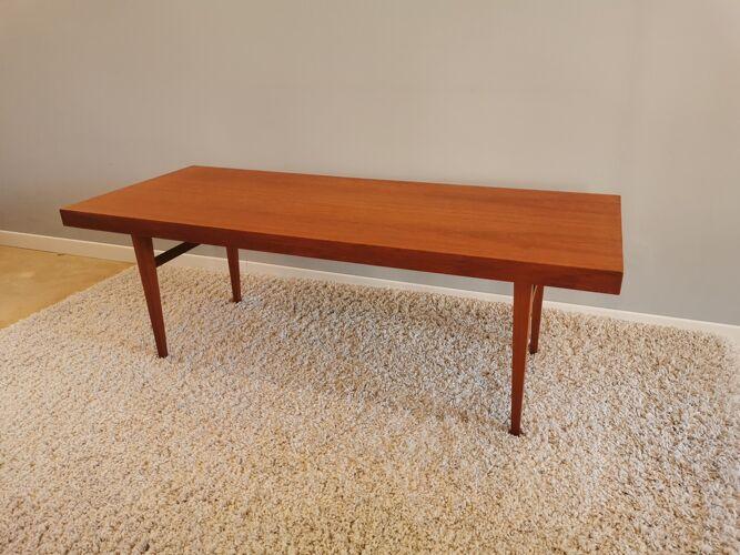 Table basse design scandinave des années 60, Allemagne