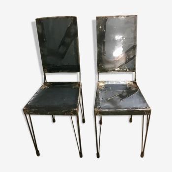 2 chaises industrielles