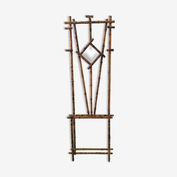 Portemanteaux et miroir en bambou