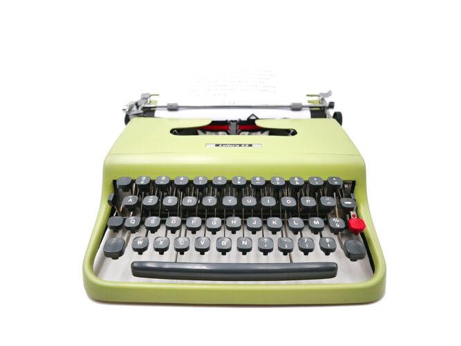 Machine à écrire Olivetti Lettera 22 vert poire révisée ruban neuf