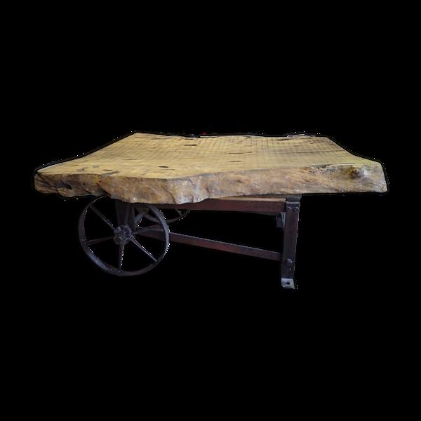 Table basse bois chêne et métal, style industriel