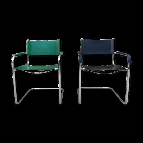 Paire de fauteuils, structures tubulaires et simili cuir