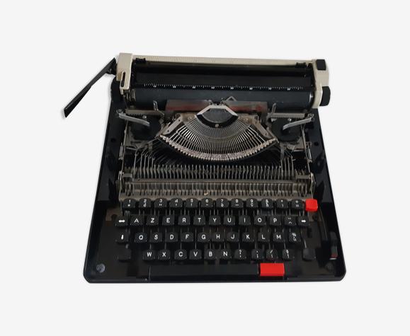Machine à écrire portative Olympia fonctionnelle