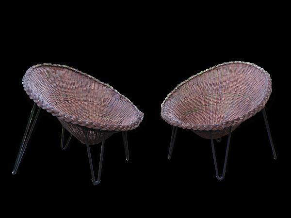 Paire de fauteuils à corbeille
