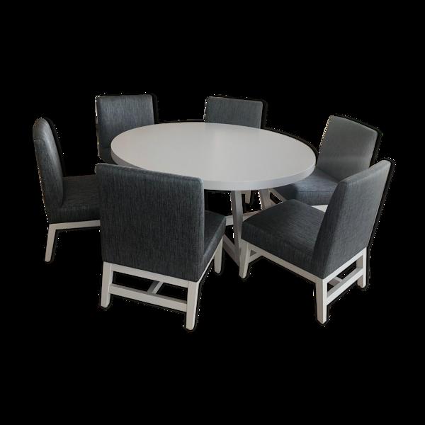 Table a manger avec 6 chaises