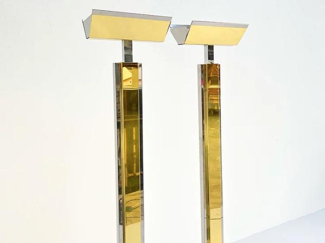 Lampadaire en chrome et laiton